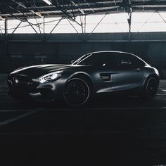 Even in low lighting it's a highlight.  #MBPhotoCredit @teymur  #Mercedes #Benz #AMG #AMGGT #Instacar #carsofinstagram #germancars #luxury