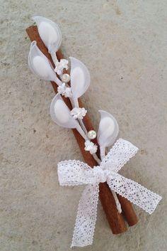 Greek romantic wedding favors in vintage rustic style Romantic Wedding Favours, Romantic Weddings, Wedding Gifts, Nylon Flowers, Diy Flowers, Paper Flowers, Baby Wedding, Greek Wedding, Almond Flower