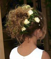 Flower girl curly girl.