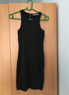 Kup mój przedmiot na #vintedpl http://www.vinted.pl/damska-odziez/krotkie-sukienki/14973387-czarna-sukienka-na-ramiaczka