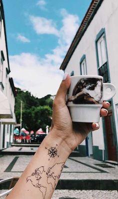 World map Temporary Tattoo / Airplane flash tattoo / Wrist tattoo for travelers / Wind rose Compass / Wanderlust / Couple Tattoo set Fernweh Tattoo Windrose Tattoo Kompass Retro Tattoos, Unique Tattoos, New Tattoos, Small Tattoos, Tattoos For Guys, Tattoos For Women, Boho Tattoos, Tattoo Set, Diy Tattoo