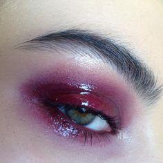 "1,396 Likes, 65 Comments - M A K E U P  A R T (@rosiekilvert) on Instagram: ""Smokey, Pink & Glittery 💥 The glitter is @makeupforeveroffical #7 & happy Mardi Gras! 🌈"""