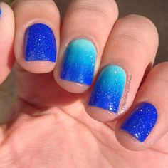 Sparkly Blue Ombre Nail Design for Short Nails