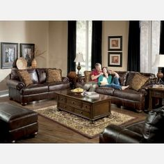 Explore our wide collection of leather living room furniture. Choose your favorite one and order Today!