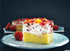 Fantakuchen Rezept Fantakuchen Blech mit Schmand und Erdbeeren