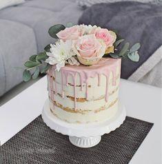 Naked Cake, Dripped Cake, Half Naked Cake, Hochzeitstorte mit echten R… Fall Wedding Cakes, Wedding Cake Rustic, Elegant Wedding Cakes, Wedding Cakes With Flowers, Elegant Cakes, Cake With Flowers, Wedding Decor, 18th Birthday Cake, Birthday Cake Girls