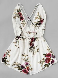 Lace Panel Open Back Floral Cami Romper -SheIn(Sheinside) Cute Summer Outfits, Spring Outfits, Girl Outfits, Cute Outfits, Fashion Outfits, Teen Fashion, Korean Fashion, Casual Dresses, Casual Outfits
