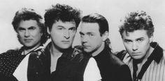 Golden Earing De groep werd opgericht op 2 september 1961 en is daarmee de oudste nog bestaande rockband van Nederland en een van de langstbestaande bands ter wereld. (2017)