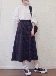 Korean Street Fashion - Life Is Fun Silo Long Skirt Fashion, Long Skirt Outfits, Modest Outfits, Simple Outfits, Modest Fashion, Girl Fashion, Casual Outfits, Fashion Dresses, Skirt Ootd