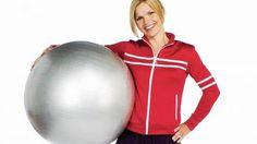 Jill Jahrmann viser deg hvordan du ved hjelp av 7 ulike balløvelser kan trene mage, rygg, rumpe og lår - i tillegg til at du får bedre balanse og sterkere kjernemuskler.