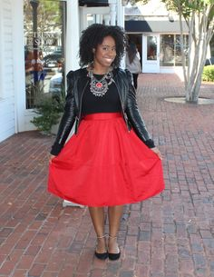 street-style-express-high-waist-full-midi-skirt-red-kendra-scott-naomi-double-ring-zara-flats-black-long-sleeve-crop-top-forever-21-leather-jacket-hm-necklace-glamazons-blog-5