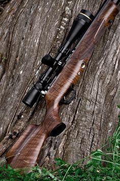 Gentlemen, I have hit the wood lottery! My new Daystate Huntsman Regal XL - Airguns & Guns Forum Air Rifle Hunting, Hunting Gear, Hunting Stuff, Weapons Guns, Guns And Ammo, Rifle Scope, Survival Prepping, Shotgun, Bushcraft