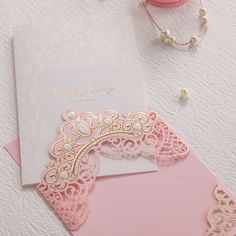 Royal Pink Laser Cut Wedding Invitations Cards With Gold Embossed Hollow Flora Design for Bridal Shower Free Customized Quince Invitations, Princess Invitations, Laser Cut Wedding Invitations, Wedding Invitation Cards, Wedding Cards, Wedding Day, Trendy Wedding, Flora Design, Pink Design