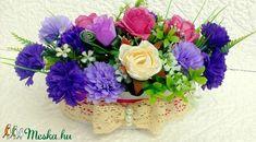Rusztikus virágbox  KÉSZTERMÉK (pinkrose) - Meska.hu Floral Wreath, Wreaths, Jewelry, Home Decor, Jewellery Making, Flower Crown, Jewerly, Decoration Home, Door Wreaths