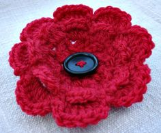 Crochet Your Own Remembrance Poppy Knitted Poppies, Knitted Flowers, Loom Knitting, Knitting Patterns, Crochet Patterns, Crochet Ideas, Crochet Poppy Pattern, American Legion Auxiliary, Woolen Flower