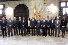 En la firma del acuerdo 'Préstamos-Matrícula' con las entidades financieras