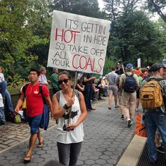 18 Witty Signs and Costumes From the People's Climate March – Haley Cook – climate change protest Save Our Earth, Love The Earth, Save The Planet, Protest Posters, Protest Signs, Gay Pride, Climate Change Quotes, March Signs, Glaciers Melting