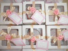 Inexpensive Baby Shower Favors Ideas – Baby Clothes and Design Baby Party, Baby Shower Parties, Baby Shower Gifts, Baby Gifts, Baby Showers, Cheap Baby Shower Favors, Baby Favors, Shabby Chic Baby Shower, Baby Sprinkle
