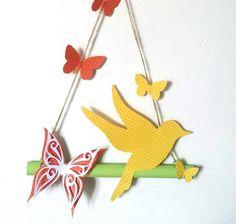 Mobile suspension décoration en papier cartonné et bambou oiseau et papillons fait main, my little papeterie : Accessoires de maison par my-little-papeterie