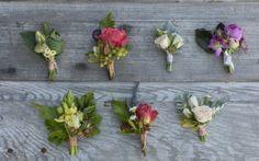 Verschiedene Arrangements der Ansteckblumen - Tollwasblumenmachen.de