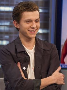 Cute Photos of Spider-Man Tom Holland | POPSUGAR Celebrity UK Photo 7