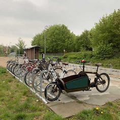 Station Little Kregme in Denemarken is gerenoveerd. Falco heeft, in opdracht van de gemeente, Ideaal 2.0 fietsenrekken geleverd. Er is plek voor 50 fietsen. Vehicles, Vehicle
