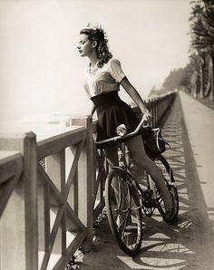Игры голыи девушки на велосипедах фото 241-15