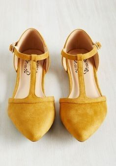 ccc0119fe2e95a Love the style   color Yellow Flats