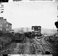 Hanover Junction PA, 1863. A crowd gathers to greet Abraham Lincoln on his way to Gettysburg (Library of Congress)
