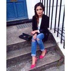 #rippedjeans#pinkshoes#kindaday