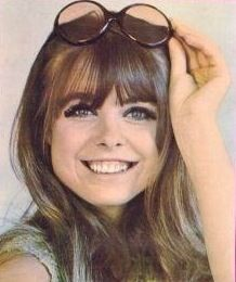 Samantha Juste (Sandra Slater) (May 31, 1944 - February 5, 2014) British presenter and singer (most known from 'Top of the Pops').