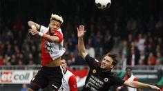 Resumen y goles del Excelsior - Feyenoord (3-0) de la jornada 33 http://www.sport.es/es/noticias/resto-del-mundo/feyenoord-tropieza-jugara-titulo-con-ajax-ultima-jornada-6022082?utm_source=rss-noticias&utm_medium=feed&utm_campaign=resto-del-mundo