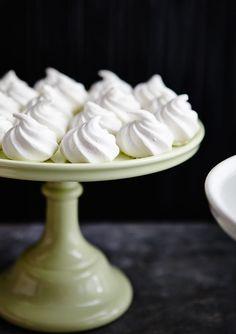 Mini meringues