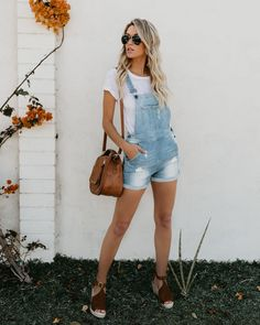 Free to roam pocketed cotton overalls casual chic outfits, short outfits, t Casual Chic Outfits, Short Outfits, Trendy Outfits, Cute Outfits, Casual Dresses, Overall Shorts Outfit, Overalls Outfit, Denim Overalls, Dungarees