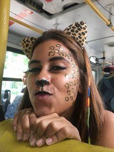 maquiagem de onça Halloween, Carnival, Facial, Make Up, Costumes, Play, Painting, Animal Makeup, Artistic Make Up