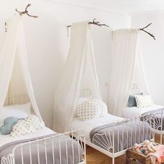 Adorable shared kids room, shared girls bedroom with three beds