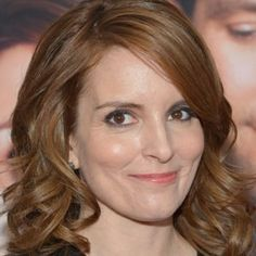 Top Quality Custom Celebrity Hairstyle Shoulder Length Body Curly Lace Wig Human Hair about 16 Inches Medium Curls, Medium Hair Cuts, Medium Hair Styles, Tina Fey, Celebrity Hairstyles, Cool Hairstyles, Bouncy Curls, Hairstyle Look, Shoulder Length Hair