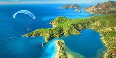 """اولودنیز شهری در نزدیکی فتیه در ترکیه مشهور به تالاب آبی است. اولودنیز به معنای """"دریای مرده"""" است و در اصل تنها به خود لجن اشاره می کند."""