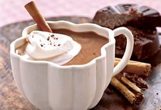 The Best Brunch Recipes made with Mexican chocolate discs Smoothie Popsicles, Smoothie Recipes, Smoothies, Drink Recipes, Cake Recipes, Healthy Recipes, Mexican Hot Chocolate, Hot Chocolate Recipes, Chocolate Orange