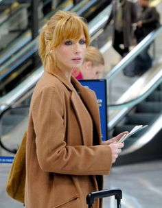 2013, « Casse-tête chinois », Kelly Reilly et sa queue-de-cheval loose