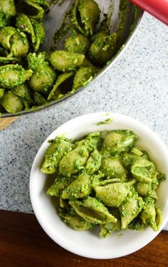 Easy Spinach Pesto Pasta | yupitsvegan.com. Simple vegan spinach and basil pesto coats shell pasta for this fresh, healthy spring dish.