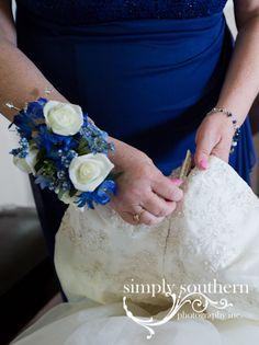 mom bride dress getting ready