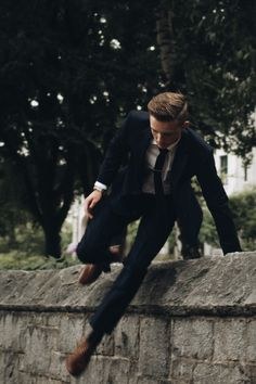 in motion // suit, menswear, mens style, mens fashion