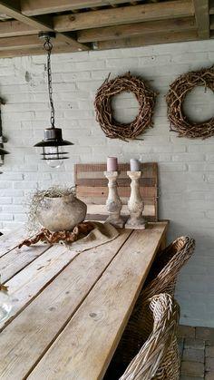 Take a look inside Winanda - Veranda country style style interior - Decor, Rustic Home Design, Chic Kitchen, Vintage House, Veranda Interiors, Ranch Decor, Rustic Kitchen, Shabby Chic Kitchen, Rustic House