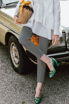 Zara clear lens glasses, geek glasses, aviator glasses, frames, sunglasses, mango gingham pants, topshop ruffle shirt, asos frilled blouse, rivers island summer top, boohoo trend, emerald green gucci pumps, gucci loafer pumps, musette shoes, gucci lookalike pumps, green leather high heels, jane birkin basked woven bag, straw bag trend, raffia tote bag, summer bags, statement gold earrings, floral printed yellow scarf, andreea birsan, couturezilla, pinterest cute spring outfit ideas 2017…