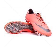 Botas de fútbol Nike Mercurial Vapor VIII SG ADULTO | Mango 179,95€ (509137-800) #botas #futbol #nike #soccer #boots #football #footballprice