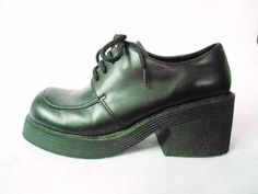 ESPRIT Womens Black PLATFORM Oxfords Size 6 Chunky Heels  NOS Shoes Hippie Goth. $39.95, via Etsy.