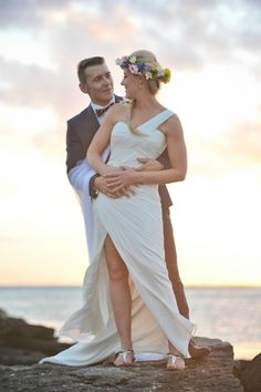 Jessica & Francois& Destination Vintage Wedding in Mauritius Vintage Beach Weddings, Destination Wedding, Wedding Planning, San Patrick, Mauritius, Wedding Couples, Flower Crown, Bridal, Wedding Dresses