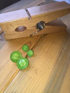 Green Buttons by tammisknickknacks on Etsy