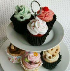 Beautiful  Felt Cupcakes!